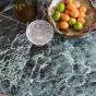 Table de salle à manger Carlotta Alta marbre vert et pieds frêne finition iroko -  4 places